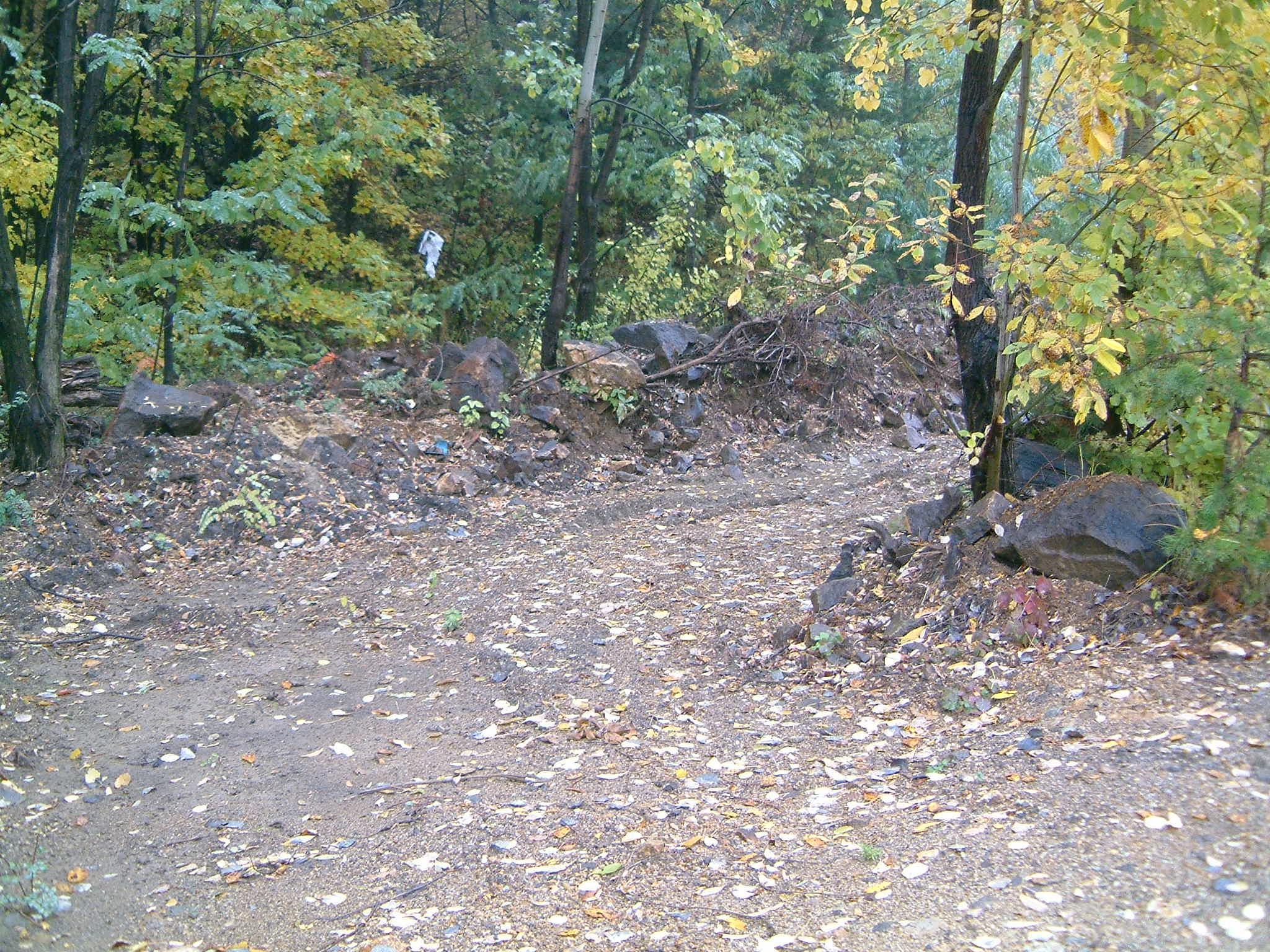 Diffúz szennyezettség a Gyöngyösoroszi bánya ércszállítási útvonalán_b